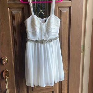 Short white puffy dress perfect for homecoming!